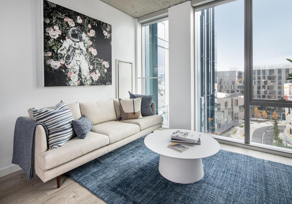 5 MLK Apartments Living room, Portland, Oregon